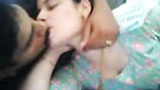 हॉट मलयाली लड़कियों सेक्स वीडियो वेबकैम पर पकड़ा