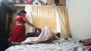 भारतीय हाउस पत्नी सेक्स के साथ devar एमएमएस लीक