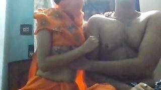 सींग का बना हुआ आदमी के साथ उसके सहपाठियों भारतीय