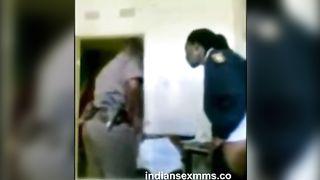 रक्षक प्रहार vakshak (भारतीय पुलिस द्वारा वरिष्ठ में ड्यूटी बजे)