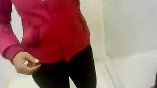 अश्लील वीडियो के साथ भारतीय लड़की