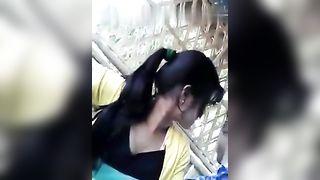 मुंबई किशोरों की लड़की हो जाता है उसके छोटे स्तन के साथ सड़क पर!