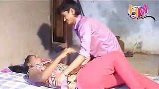 हिंदी सेक्स वीडियो गाँव की लड़की प्रेमी के साथ