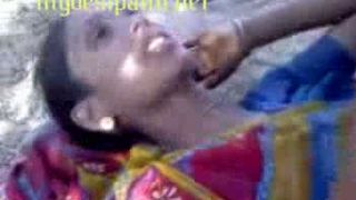 राजस्थानी शर्मीली गाँव की लड़की को युवा देवर